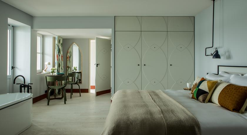 Lit chambre/suite Castelbrac Dinard 4