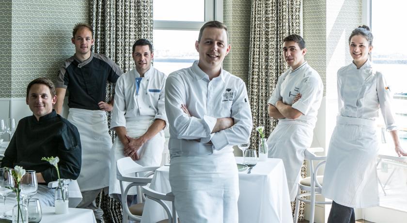 Equipe restaurant Castelbrac Dinard