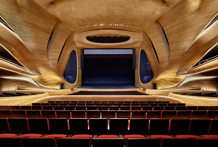 Opéra intérieur Harbin 4 - ©Hufton-Crow