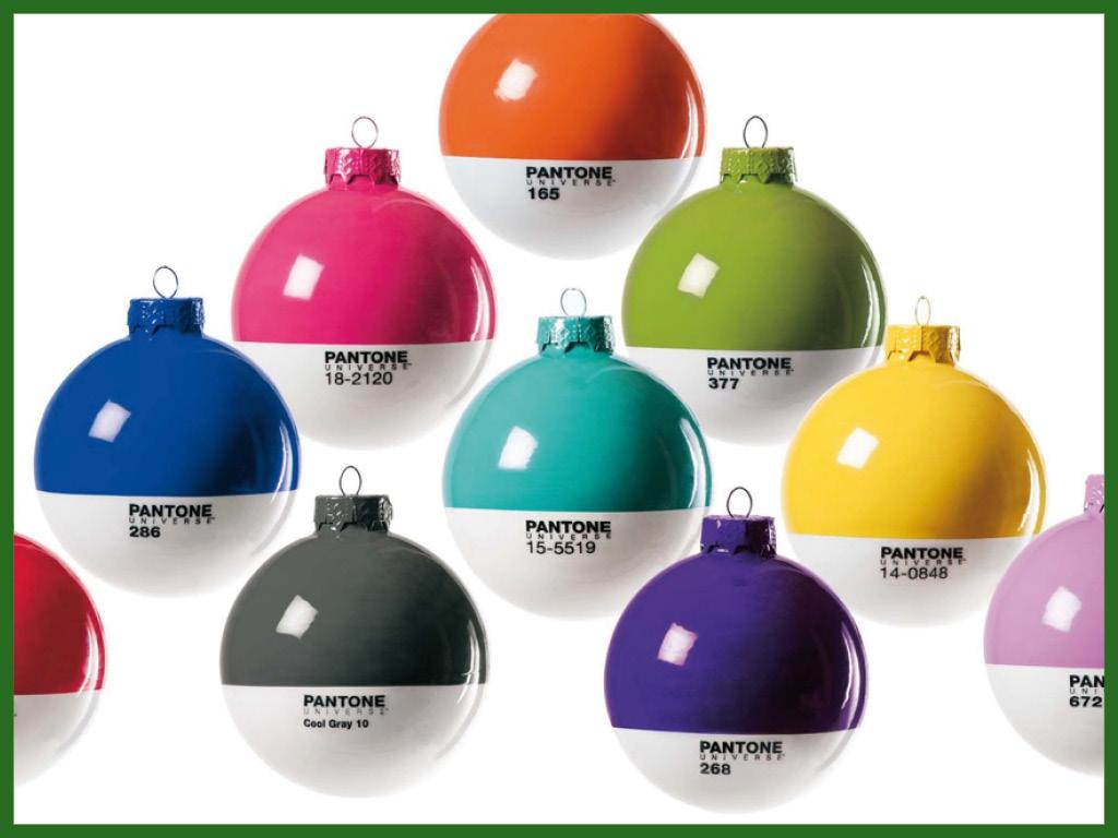 Boules de Noël Pantone