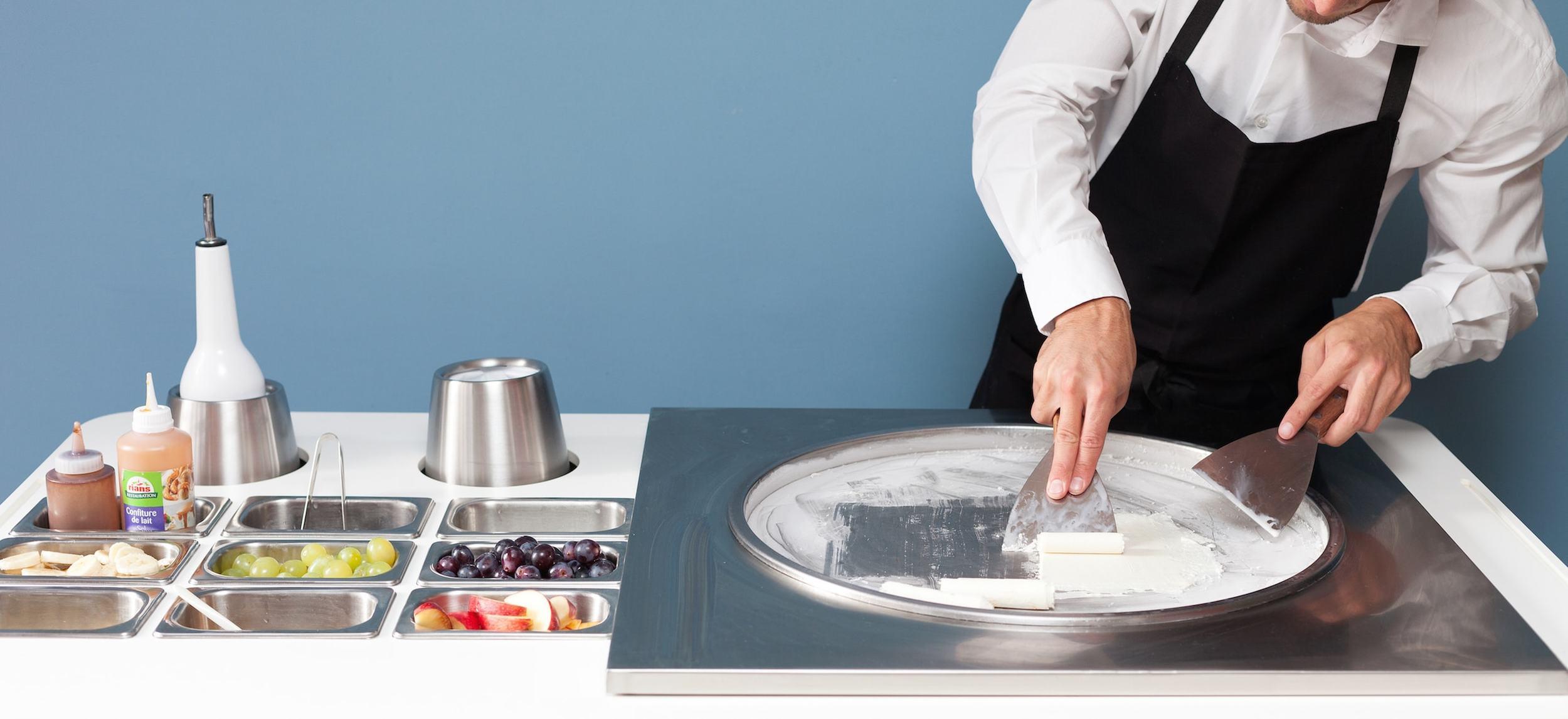 Photographie préparation crème glacée – IceRoll