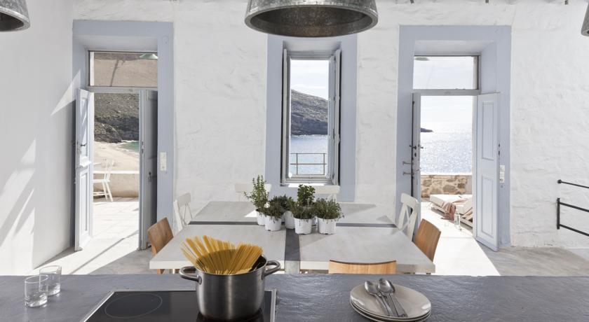 Intérieur résidence cuisine extérieur Serifos Grèce